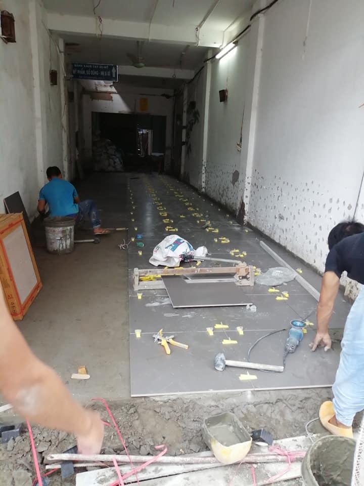 Thợ lát nền nhà